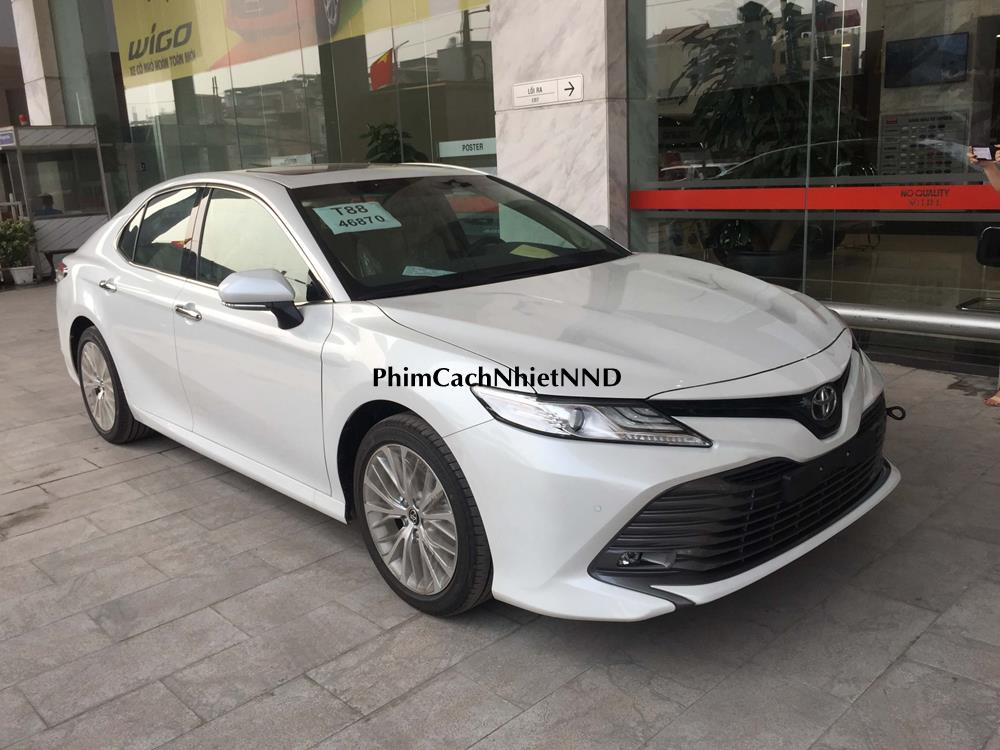 /upload/images/cac-loai-xe/xe-toyota-camry.jpg